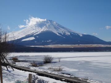 Fuji15021402